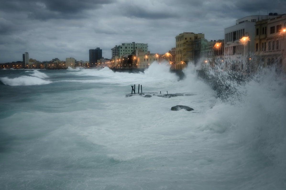 El Malecón. Cuba, de Luis Alarcon